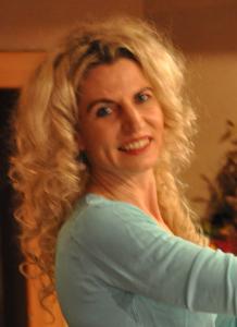 Nina Bernhart